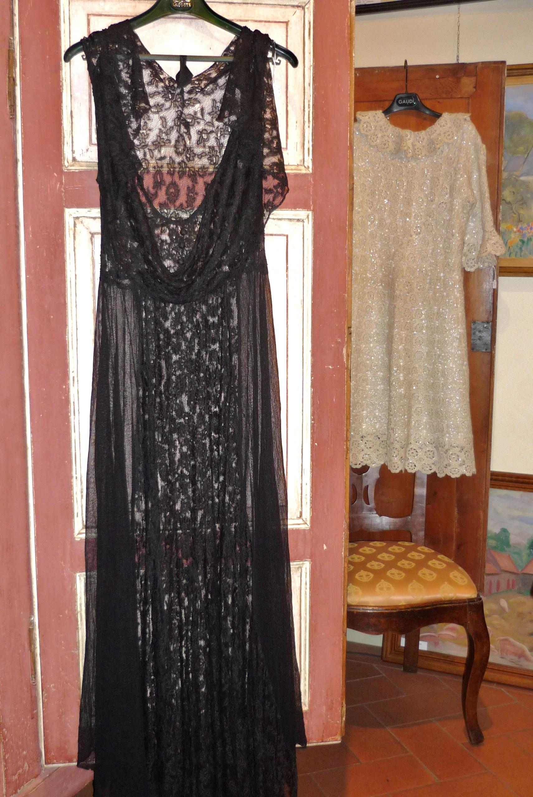 Abito da sera in pizzo 1915 ca. Abito da sera in pizzo 1915 ca. Vestito  anni 20 cerimonia ... ea5c25527df